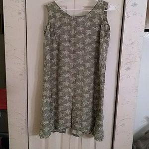 Long green summer dress.     182